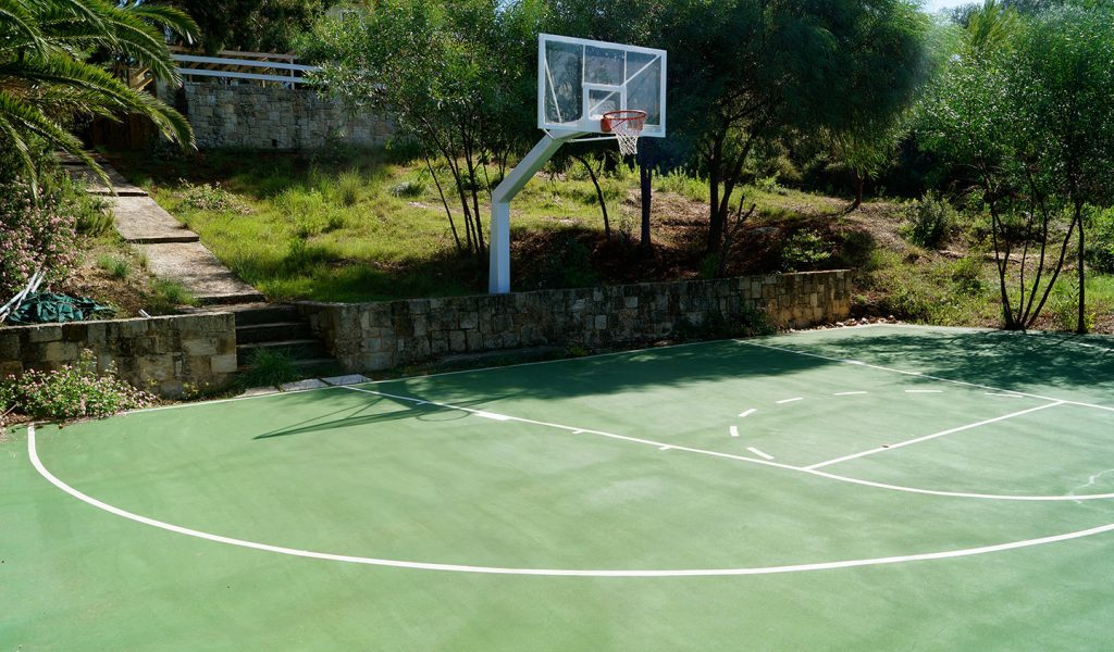 belvista-apartments-basketball